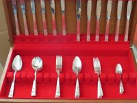 Canteen of 44 piece cutlery made by Community