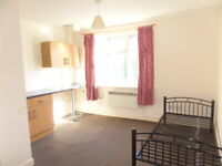 1 bedroom flat in Bushbury Lane, Wolverhampton, West Midlands, WV10