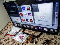 """LG 47"""" 3d Smart tv with remote and four 3d glasses ** Excellent Condition **"""