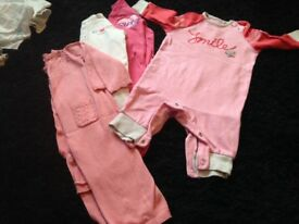 3-6 month baby girl clothes bundle. *GREAT CONDITIONS BEAUTIFUL ITEMS**
