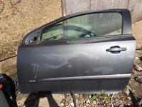 Vauxhall Astra h sports hatch door