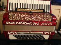 120 bass horch accordion top model
