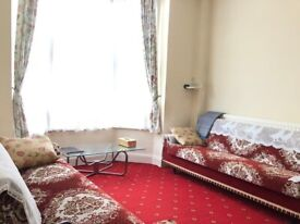 Ground Floor Four Bed Flat with Garden very close to Leyton Station