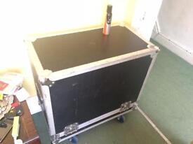 Large guitar amp flight case box on wheels Fender Vox Blackstar