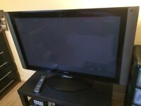 HitachiPlasmaTV - HDMIx2/AVIx5/VGA/RGB/USB Inputs with Remote-Controlled Rotatable Stand