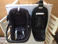 Maxi cosi Pebble and 2 way isofix base
