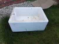 White belfast sink
