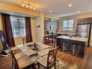 $325,000 - Townhouse for sale in Edmonton - Southeast Edmonton Edmonton Area image 3