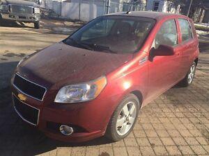 2011 Chevrolet Aveo 5 LT |