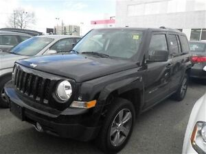 2016 Jeep Patriot North  4X4  Bluetooth  Heated Leather