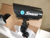 2 Brand new boxed Swann PNP-150 cctv cameras + 2 used