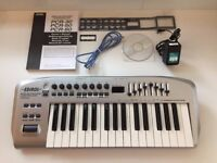 Edirol PCR-30 (Roland Corporation) 32 key MIDI controller EXCELLENT condition