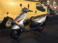 Honda lead scv 100 perfect condition 12 months mot