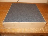 Carpet tiles Grey x 20 (Will sell for £1 each if required