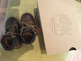 Timberland leather boots-brand new, size 20 uk4 for toddlers