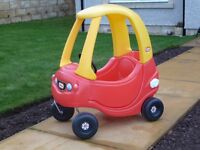 Little Tikes Cosy Coupe Ride on Car