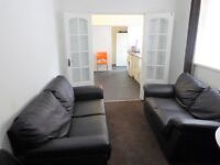 ALL BILLS INCLUDED DOUBLE ROOM TO RENT
