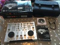Hercules dj mixer controller with virtual Dj 5