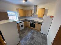 4 Bedroom Flat - To Let, Crwys road