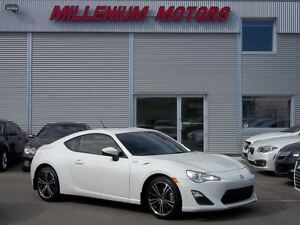 2014 Scion FR-S COUPE / 6-SPEED / MUST SEE