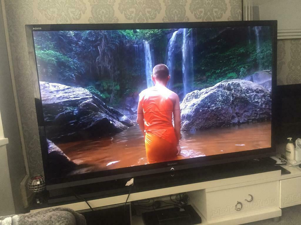"70"" SHARP AQOUS SMART LED TV FULL HD LOADED FEATURES MUST SEE TV 