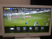 Toshiba 22 Inch LCD HD TV with remote control