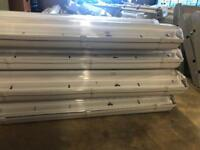 11x Fluorescent lights with lamps