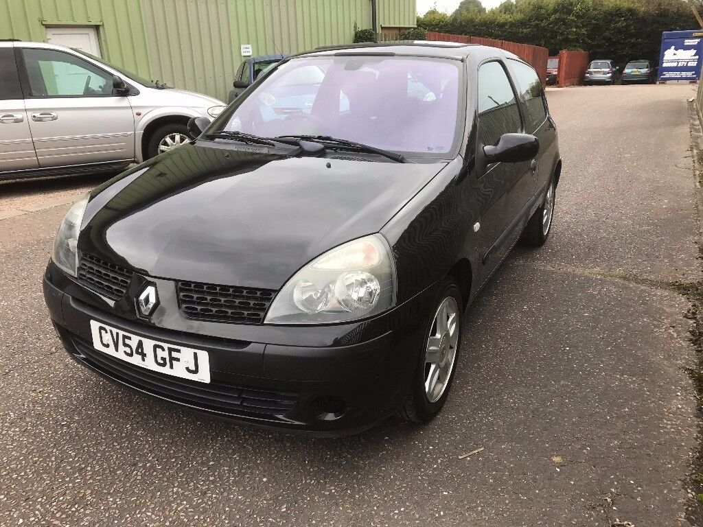 RENAULT CLIO 1.2,. NEW MOT, VERY LOW MILEAGE 47K MILES, FSH, JUST SERVICED