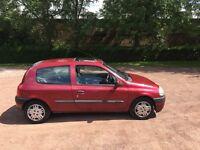 Renault Clio 1.4 etoile x reg genuine 58185 miles mot April 2017 power steering low insurance 48+mpg