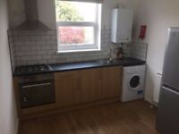 MODERN 3 BED GROUND FLOOR FLAT IN MANOR PARK FOR £1250! ALL BILLS INCLUDED APART FROM COUNCIL TAX!