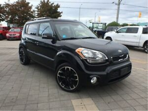 2013 Kia Soul 4U**SUNROOF**BACK UP CAMERA**HEATED SEATS**