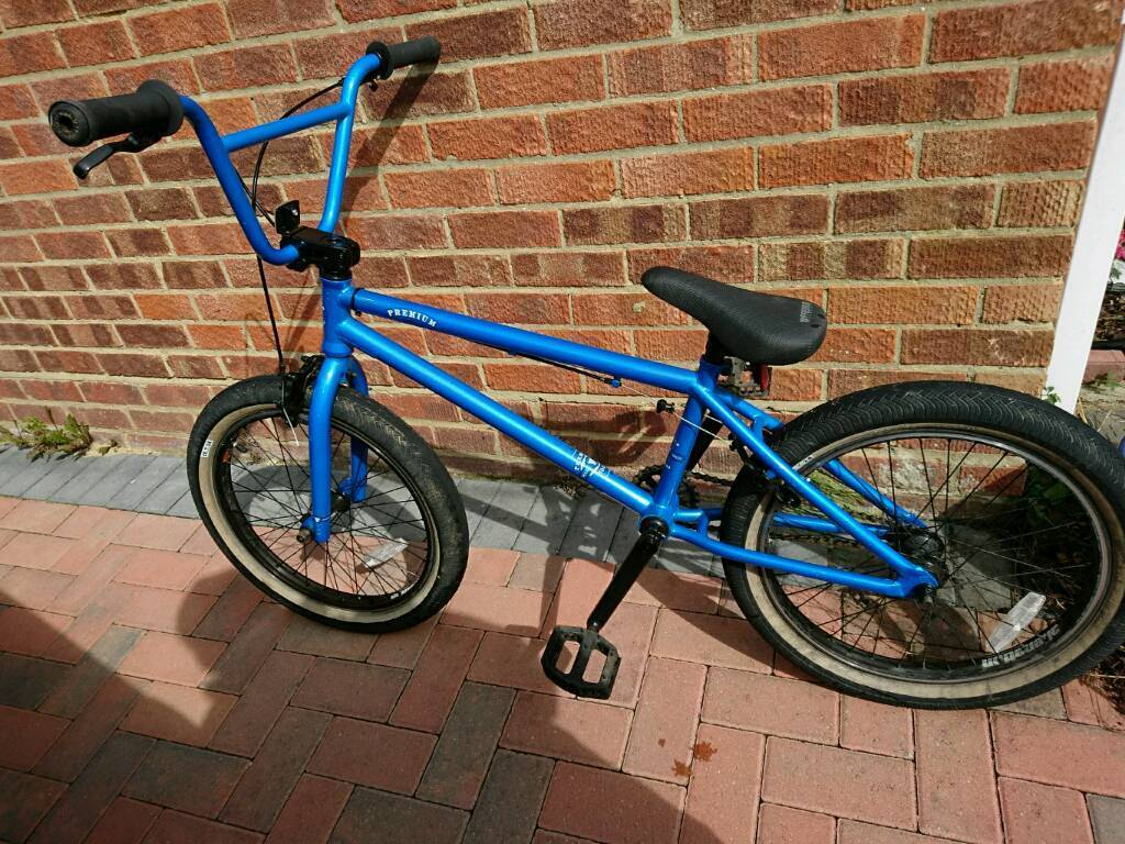 Premium Solo 20 Quot Bmx Bike In Great Notley Essex Gumtree