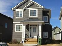 Ravenswood airdrie, close to schools/shopping- pet friendly