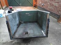 Small Trailer, metal frame. Make great refurb project.