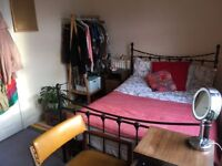 Summer let in a Student Housing Cooperative (South Birmingham) double room with basin UoB Aston BCU