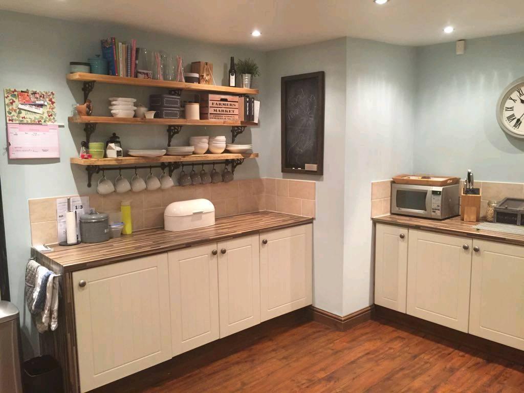 14 Shaker style kitchen doors