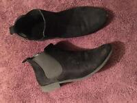 Chelsea Black Ankle Boots Size 6