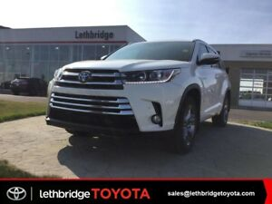 2017 Toyota Highlander Hybrid - Please TEXT 403-894-7645  for mo