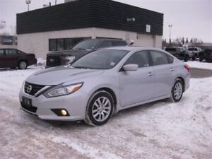2017 Nissan Altima 2.5 S / RMT Strt / HTD Seats / *Priced TO Sel