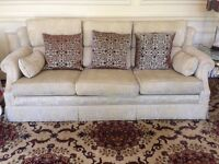 One 3-piece suite/sofa for sale! £100