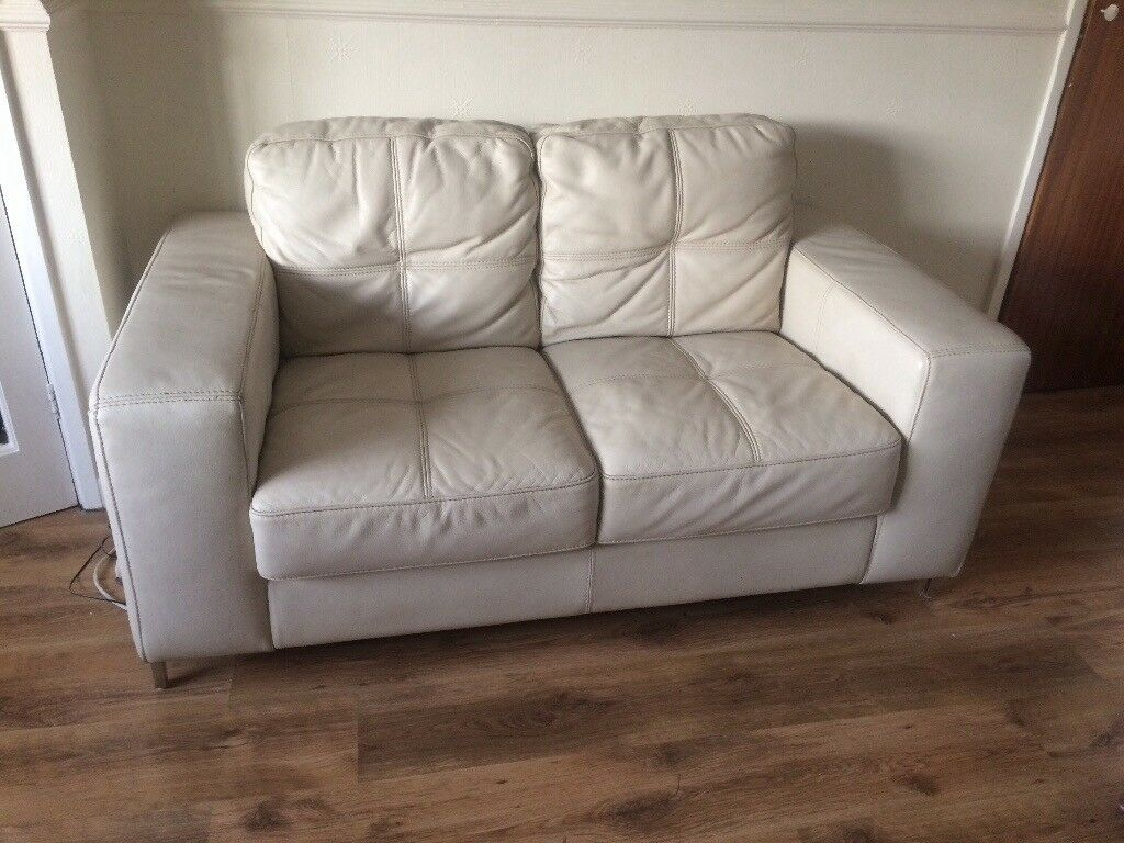 2 seater and 3 seater settee