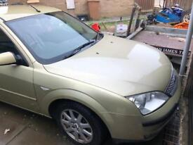 Ford mondeo spares or repairs.