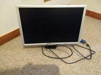"Free 15""flat screen monitor"