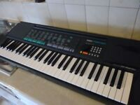 yamaha psr150 full size keyboard, has hundreds of voices,styles,built in speakers,mains supply etc..