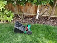 Push cyclinder lawn mower 12 inch
