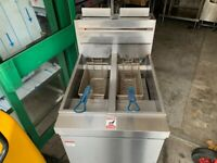 GAS 2 TANK SERVICED FRYER CATERING COMMERCIAL KITCHEN FAST FOOD