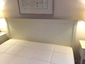 Superking 6ft Cream Feather & Black bedframe for sale