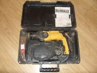 DeWalt D25112-GB 230V-50Hz 780W Corded SDS Hammer Drill with Carry / Storage Case Full Working Order