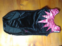 Jester Leotard velvet/pink Childs Size 8