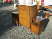 VINTAGE CHEST OF DRAWERS & PAIR OF BEDSIDES. VIEWING / DELIVERY AVAILABLE